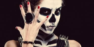 Maquillage d'Halloween : ensorcelez-vous de beauté !