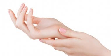 Des ongles en bonne santé, pour des mains et des pieds de toute beauté !