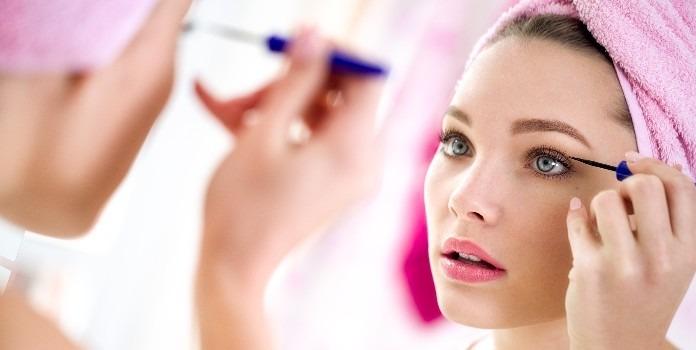 Adaptez votre eyeliner à vos yeux !